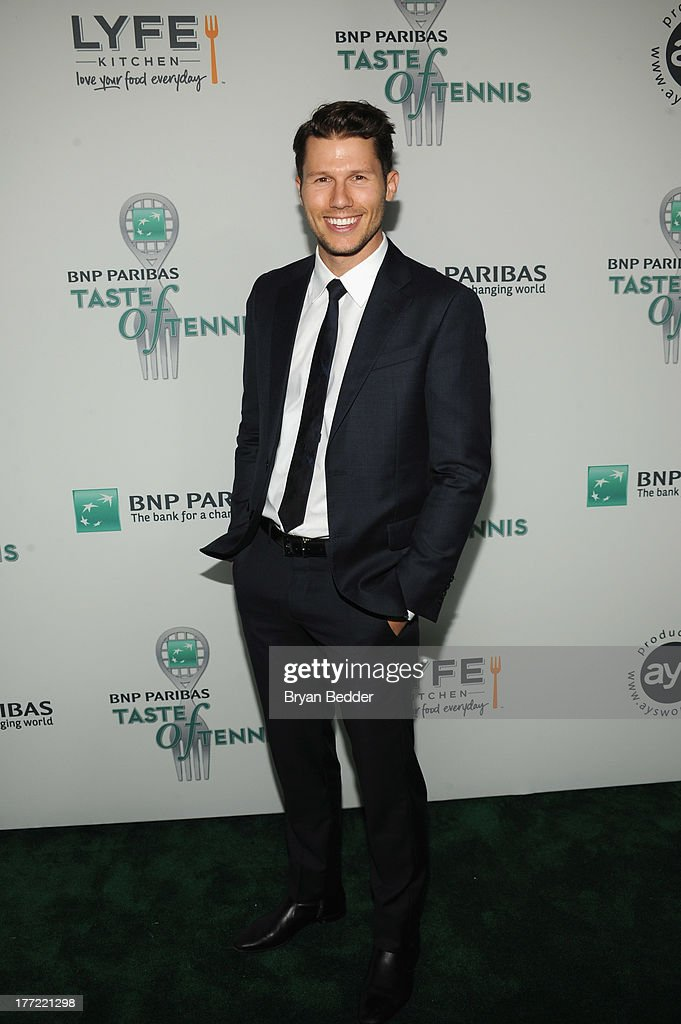 TV Personality <a gi-track='captionPersonalityLinkClicked' href=/galleries/search?phrase=Jason+Dundas&family=editorial&specificpeople=578396 ng-click='$event.stopPropagation()'>Jason Dundas</a> attends the 14th Annual BNP Paribas Taste Of Tennis at W New York Hotel on August 22, 2013 in New York City.