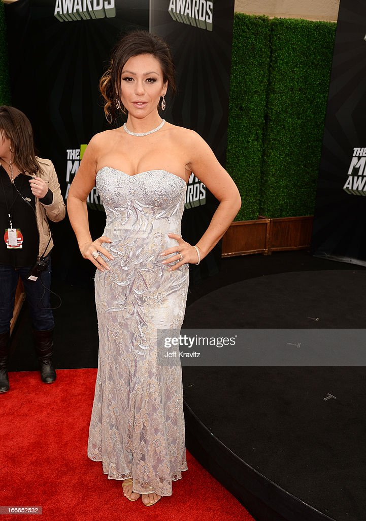 TV personality Jenni 'JWoww' Farley attends the 2013 MTV Movie Awards at Sony Pictures Studios on April 14, 2013 in Culver City, California.