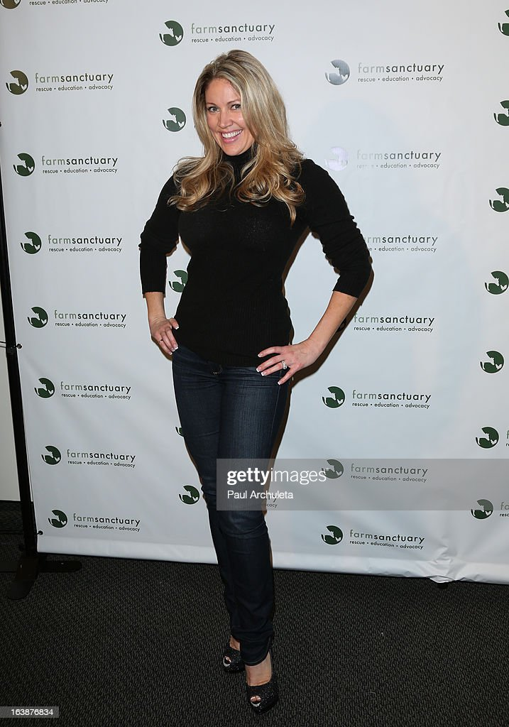 TV Personality Jennifer Ryen attends the 'Fun For Animals' celebrity poker tournament at Petersen Automotive Museum on March 16, 2013 in Los Angeles, California.