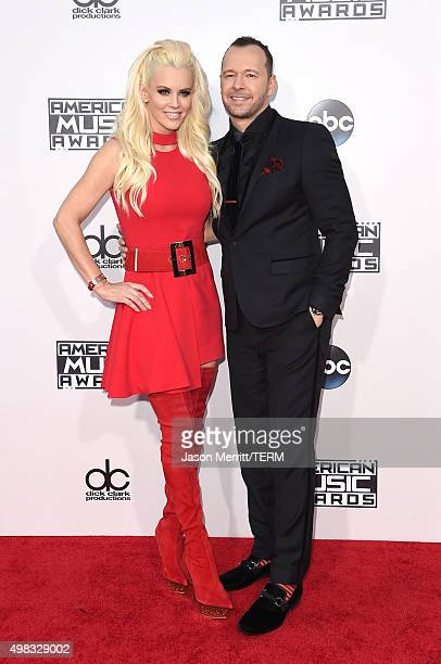 TV personality Jenny McCarthy and recording artist Donnie Wahlberg attend the 2015 American Music Awards at Microsoft Theater on November 22 2015 in...