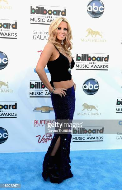 TV personality Jenny McCarthy arrives at the 2013 Billboard Music Awards at the MGM Grand Garden Arena on May 19 2013 in Las Vegas Nevada