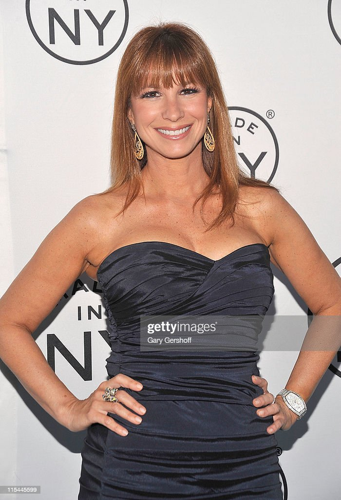 TV personality <a gi-track='captionPersonalityLinkClicked' href=/galleries/search?phrase=Jill+Zarin&family=editorial&specificpeople=4436962 ng-click='$event.stopPropagation()'>Jill Zarin</a> attends the 6th annual Made In NY awards at Gracie Mansion on June 6, 2011 in New York City.