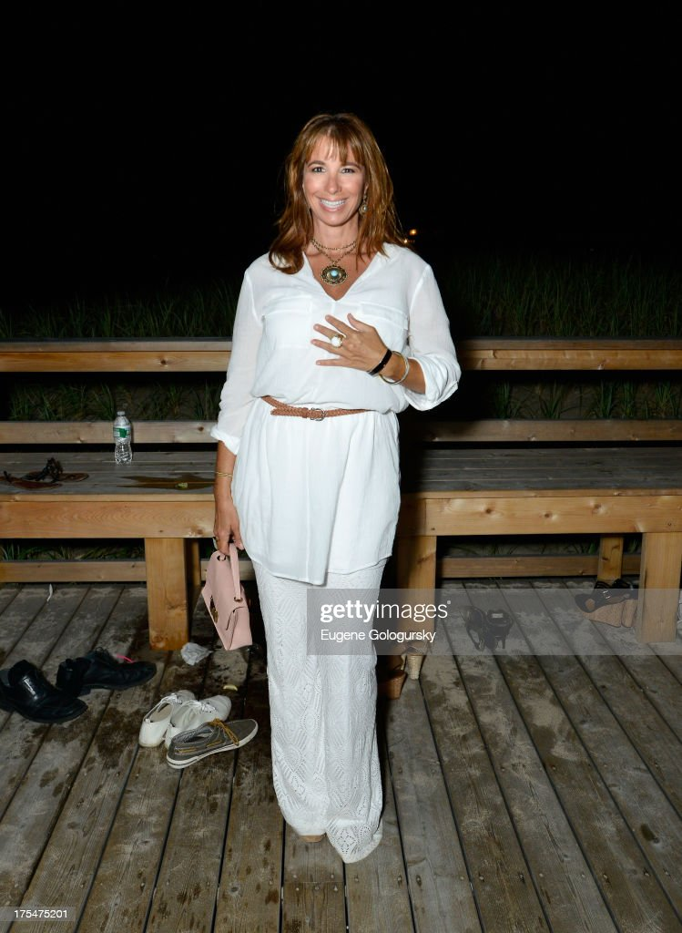 TV Personality <a gi-track='captionPersonalityLinkClicked' href=/galleries/search?phrase=Jill+Zarin&family=editorial&specificpeople=4436962 ng-click='$event.stopPropagation()'>Jill Zarin</a> attends Women's Health Hamptons 'Party Under the Stars' for RUN10 FEED10 at Bridgehampton Tennis and Surf Club on August 3, 2013 in Bridgehampton, New York.