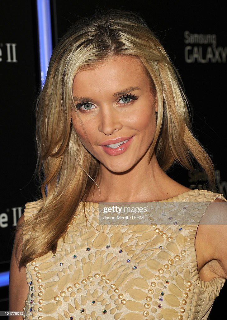 TV personality Joanna Krupa attends the Samsung Galaxy Note II Beverly Hills Launch Party on October 25, 2012 in Los Angeles, California.