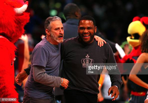TV personality Jon Stewart and actor Anthony Anderson perform on court in the Foot Locker ThreePoint Contest during NBA AllStar Weekend 2016 at Air...
