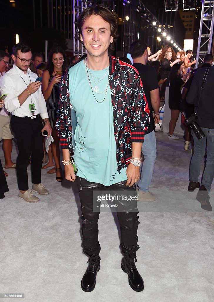 TV personality Jonathan Cheban attends the 2016 MTV Video Music Awards at Madison Square Garden on August 28 2016 in New York City