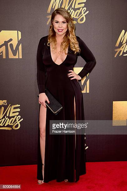 TV personality Kailyn Lowry attends the 2016 MTV Movie Awards at Warner Bros Studios on April 9 2016 in Burbank California MTV Movie Awards airs...