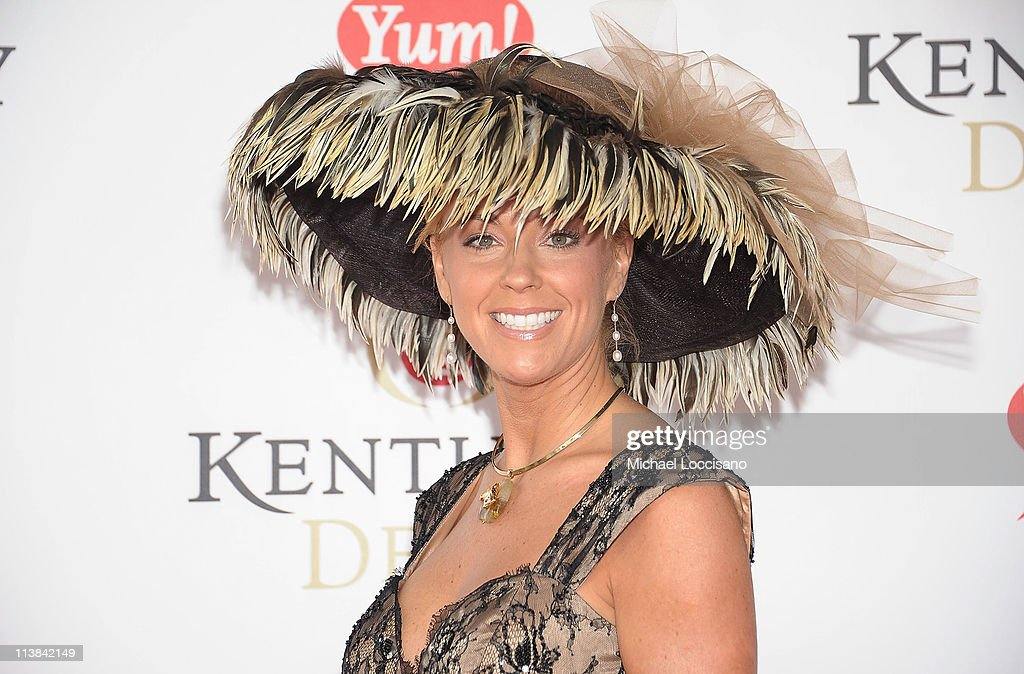TV personality Kate Gosselin attends the 137th Kentucky Derby at Churchill Downs on May 7, 2011 in Louisville, Kentucky.