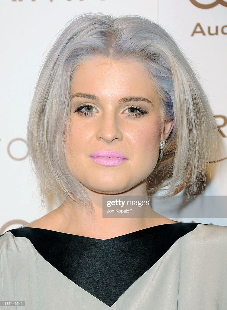 TV personality <a gi-track='captionPersonalityLinkClicked' href=/galleries/search?phrase=Kelly+Osbourne&family=editorial&specificpeople=156416 ng-click='$event.stopPropagation()'>Kelly Osbourne</a> arrives at the Art of Elysium's 5th Annual Heaven Gala held at Union Station on January 14, 2012 in Los Angeles, California.