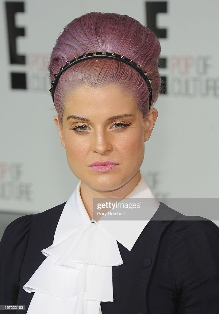 TV personality <a gi-track='captionPersonalityLinkClicked' href=/galleries/search?phrase=Kelly+Osbourne&family=editorial&specificpeople=156416 ng-click='$event.stopPropagation()'>Kelly Osbourne</a> attends the 2013 E! Upfront at The Grand Ballroom at Manhattan Center on April 22, 2013 in New York City.