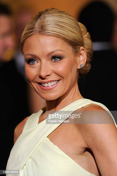 TV personality Kelly Ripa arrives at the 84th Annual Academy Awards held at the Hollywood Highland Center on February 26 2012 in Hollywood California