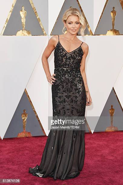 TV personality Kelly Ripa attends the 88th Annual Academy Awards at Hollywood Highland Center on February 28 2016 in Hollywood California
