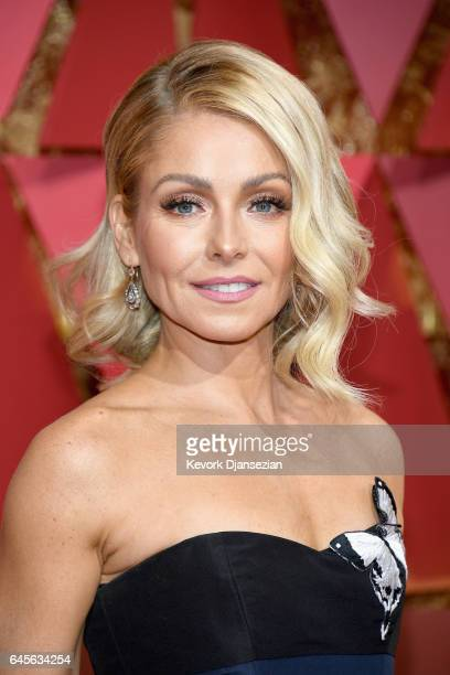 TV personality Kelly Ripa attends the 89th Annual Academy Awards at Hollywood Highland Center on February 26 2017 in Hollywood California