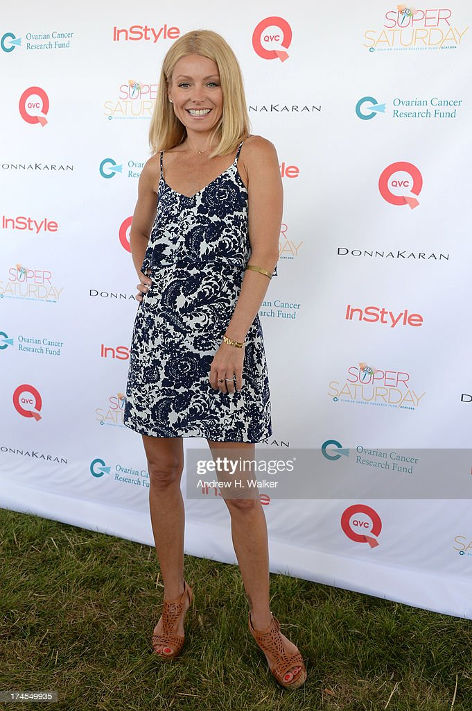 TV personality <a gi-track='captionPersonalityLinkClicked' href=/galleries/search?phrase=Kelly+Ripa&family=editorial&specificpeople=202134 ng-click='$event.stopPropagation()'>Kelly Ripa</a> attends the Ovarian Cancer Research Fund's 16th Annual Super Saturday hosted by <a gi-track='captionPersonalityLinkClicked' href=/galleries/search?phrase=Kelly+Ripa&family=editorial&specificpeople=202134 ng-click='$event.stopPropagation()'>Kelly Ripa</a> and Donna Karan at Nova's Ark Project on July 27, 2013 in Water Mill, NY.