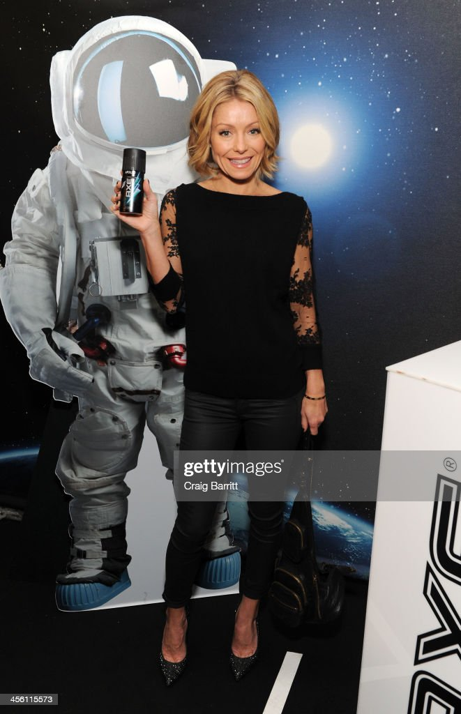 TV personality <a gi-track='captionPersonalityLinkClicked' href=/galleries/search?phrase=Kelly+Ripa&family=editorial&specificpeople=202134 ng-click='$event.stopPropagation()'>Kelly Ripa</a> attends the Z100's Artist Gift Lounge presented by AXE at Z100's Jingle Ball 2013 at Madison Square Garden on December 13, 2013 in New York City.