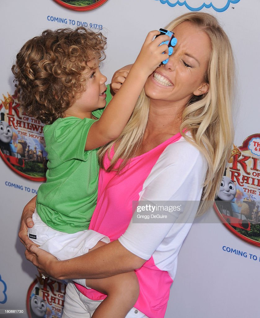 TV personality <a gi-track='captionPersonalityLinkClicked' href=/galleries/search?phrase=Kendra+Wilkinson&family=editorial&specificpeople=539064 ng-click='$event.stopPropagation()'>Kendra Wilkinson</a> and son <a gi-track='captionPersonalityLinkClicked' href=/galleries/search?phrase=Hank+Baskett&family=editorial&specificpeople=749185 ng-click='$event.stopPropagation()'>Hank Baskett</a> arrive at the Los Angeles premiere of 'Thomas & Friends: King Of The Railway - The Movie' at Pacific Theatre at The Grove on September 15, 2013 in Los Angeles, California.