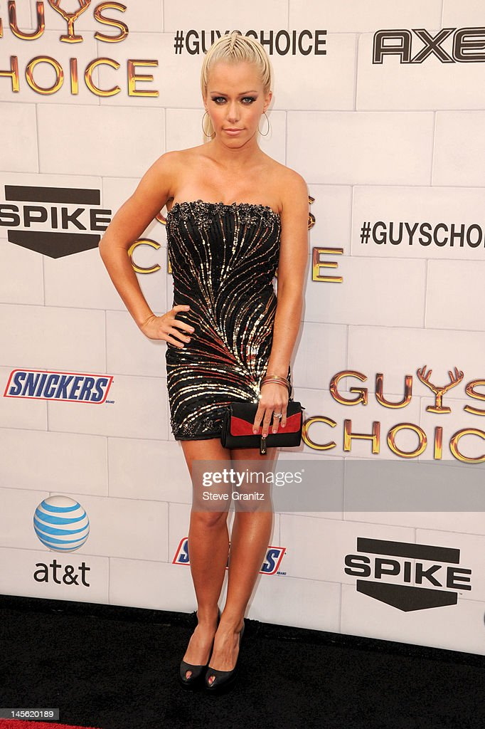 TV personality Kendra Wilkinson arrives at Spike TV's 6th Annual 'Guys Choice' Awards at Sony Studios on June 2 2012 in Los Angeles California
