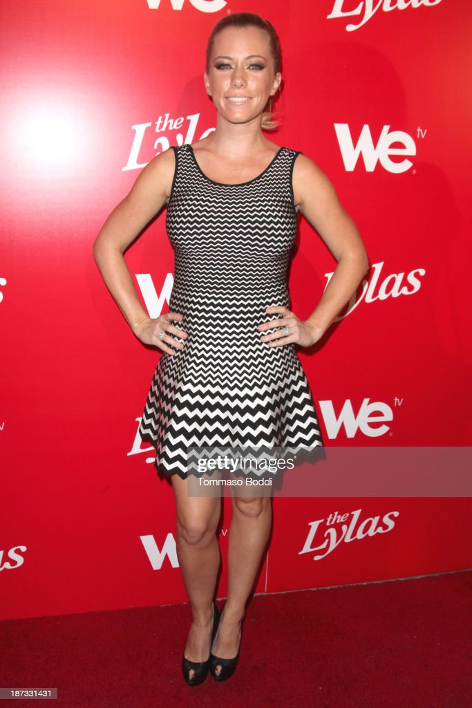TV Personality <a gi-track='captionPersonalityLinkClicked' href=/galleries/search?phrase=Kendra+Wilkinson&family=editorial&specificpeople=539064 ng-click='$event.stopPropagation()'>Kendra Wilkinson</a> attends the WE tv's premiere party for 'The LYLAS' held at the Warwick on November 7, 2013 in Hollywood, California.