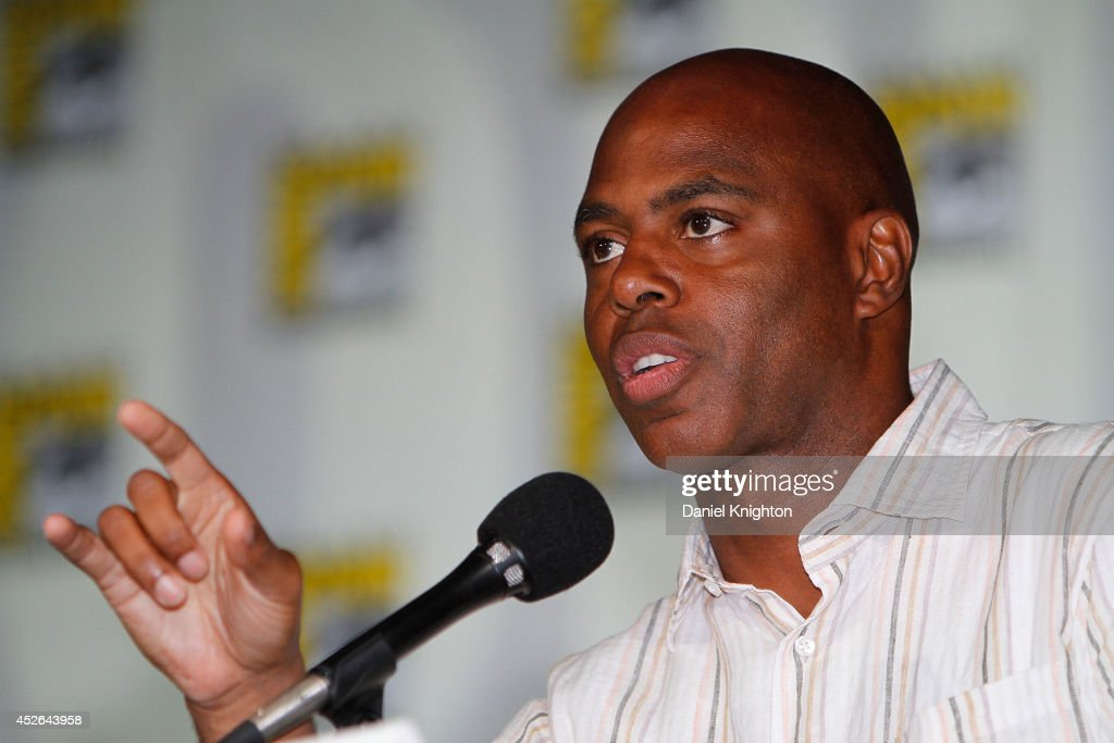 TV personality <a gi-track='captionPersonalityLinkClicked' href=/galleries/search?phrase=Kevin+Frazier&family=editorial&specificpeople=721972 ng-click='$event.stopPropagation()'>Kevin Frazier</a> attends the CBS 'Under The Dome' panel & exclusive sneak preview during Comic-Con International at San Diego Convention Center on July 24, 2014 in San Diego, California.