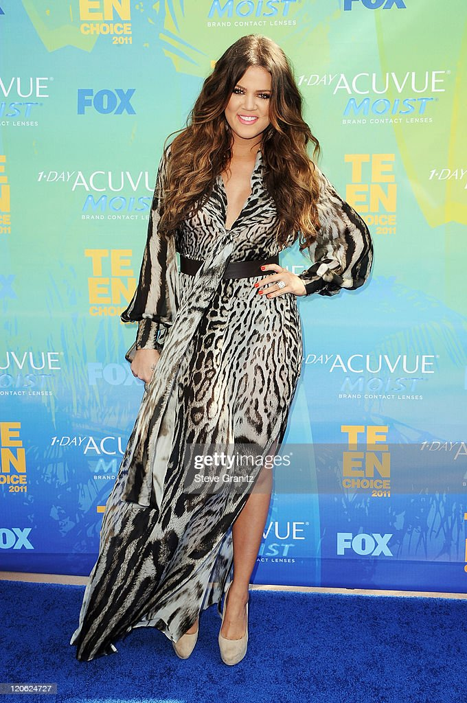 TV personality Khloe Kardashian arrives at the 2011 Teen Choice Awards held at the Gibson Amphitheatre on August 7, 2011 in Universal City, California.