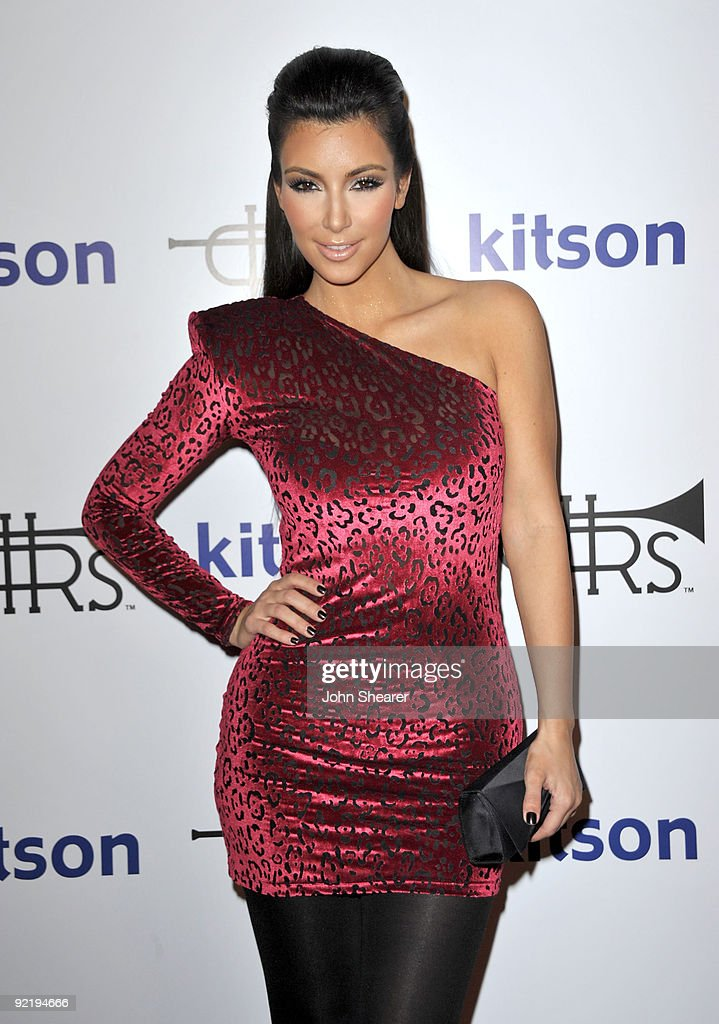 Personality Kim Kardashian arrives to the Rich Soil Launch at Kitson on Roberston on October 21 2009 in Beverly Hills California