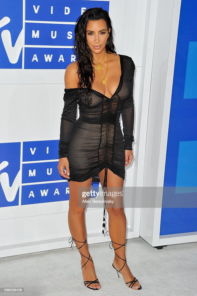 TV personality Kim Kardashian West arrives at the 2016 MTV Video Music Awards at Madison Square Garden on August 28, 2016 in New York City.