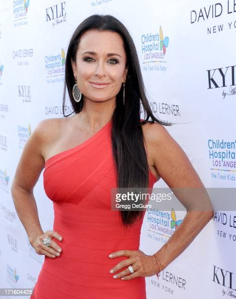 TV personality Kyle Richards arrives at a fashion fundraiser hosted by Kyle Richards benefiting Children's Hospital Los Angeles at Kyle by Alene Too...