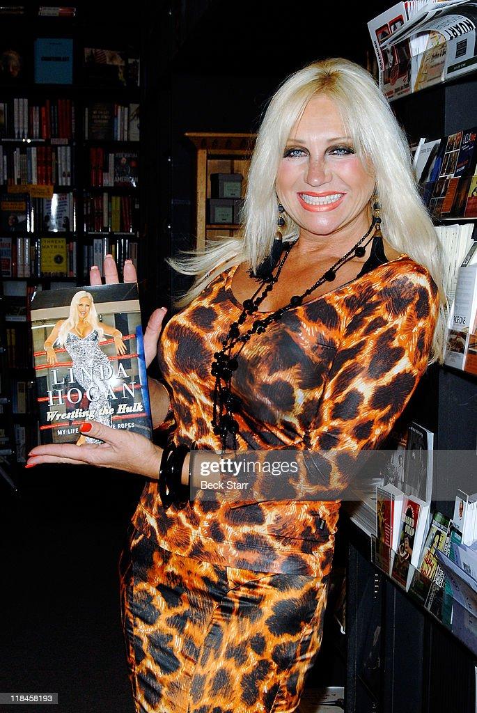 Linda Hogan nudes (45 pics) Leaked, Twitter, braless
