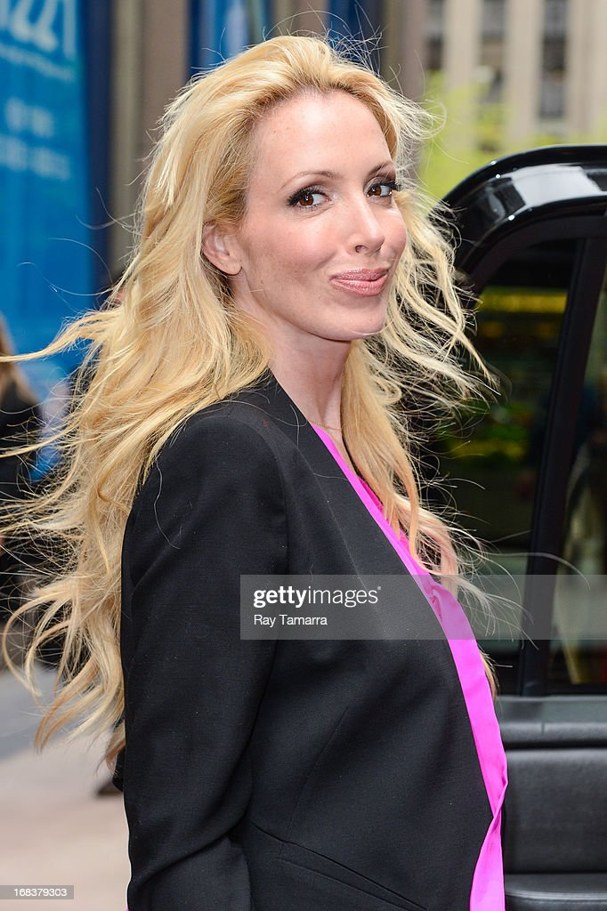 TV personality Lulu Johnson leaves the Sirius XM studios on May 8, 2013 in New York City.
