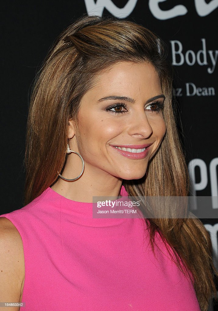 TV personality Maria Menounos arrives at Elyse Walker presents the 8th annual Pink Party hosted by Michelle Pfeiffer to benefit Cedars-Sinai Women's Cancer Program held at