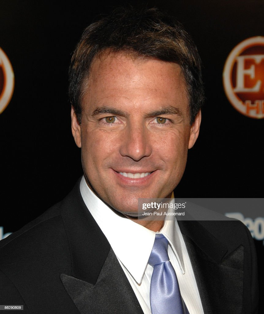 TV personality Mark Steines arrives at the Entertainement Tonight Emmy party held at the Walt Disney Concert Hall on September 21, 2008 in Los Angeles, California.
