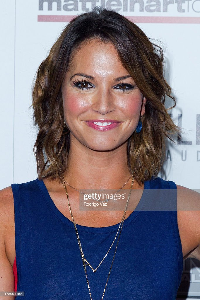 TV personality <a gi-track='captionPersonalityLinkClicked' href=/galleries/search?phrase=Melissa+Rycroft&family=editorial&specificpeople=5761590 ng-click='$event.stopPropagation()'>Melissa Rycroft</a> arrives at the Matt Leinart Foundation's 7th Annual 'Celebrity Bowl' at Lucky Strikes on July 18, 2013 in Hollywood, California.