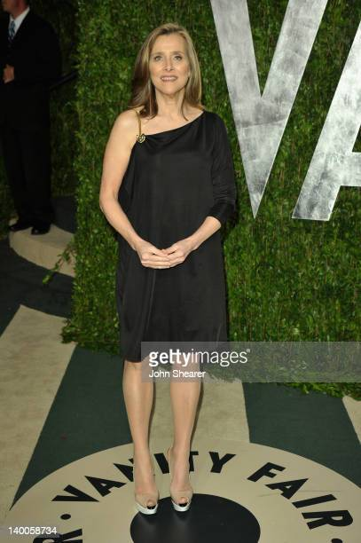 TV personality Meredith Vieira arrives at the 2012 Vanity Fair Oscar Party hosted by Graydon Carter at Sunset Tower on February 26 2012 in West...