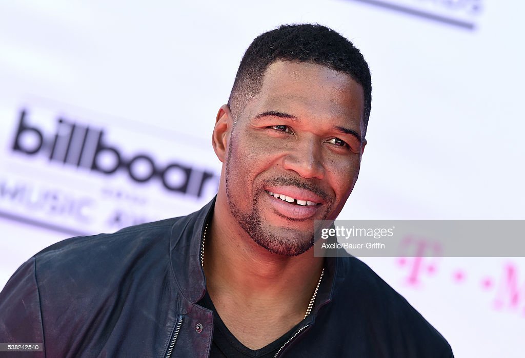 TV Personality Michael Strahan arrives at the 2016 Billboard Music Awards at T-Mobile Arena on May 22, 2016 in Las Vegas, Nevada.