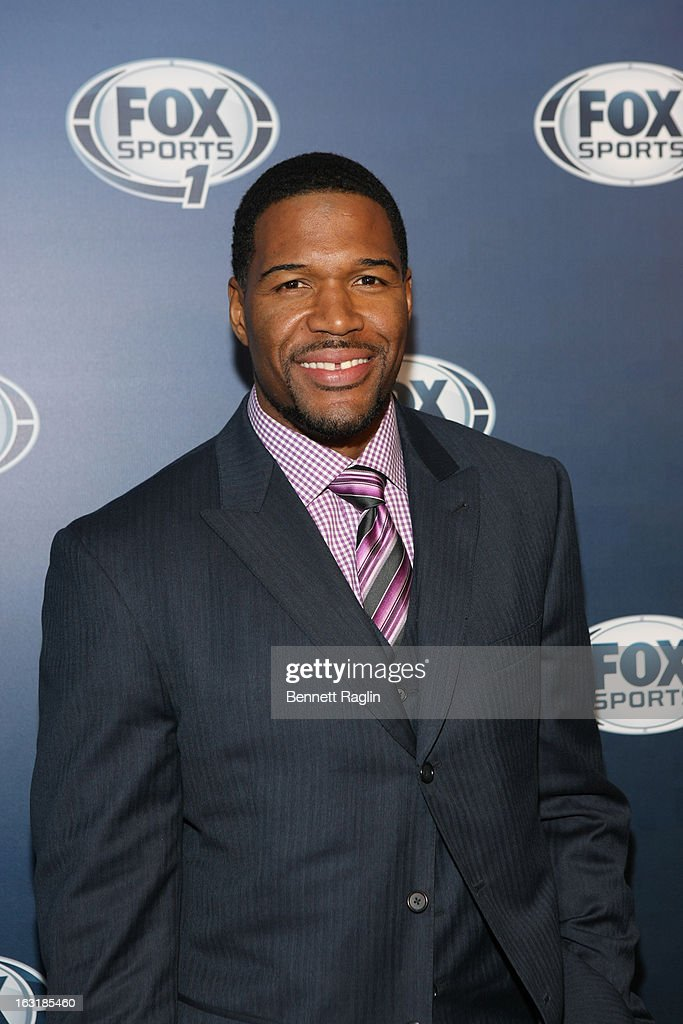 TV personality <a gi-track='captionPersonalityLinkClicked' href=/galleries/search?phrase=Michael+Strahan&family=editorial&specificpeople=210563 ng-click='$event.stopPropagation()'>Michael Strahan</a> attends the 2013 Fox Sports Media Group Upfront after party at Roseland Ballroom on March 5, 2013 in New York City.