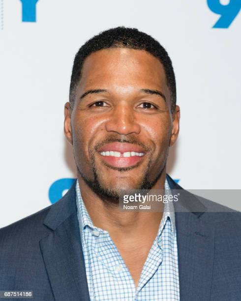 Personality Michael Strahan visits 92nd Street Y to discuss 'Beat Shazam' at Kaufman Concert Hall on May 23 2017 in New York City