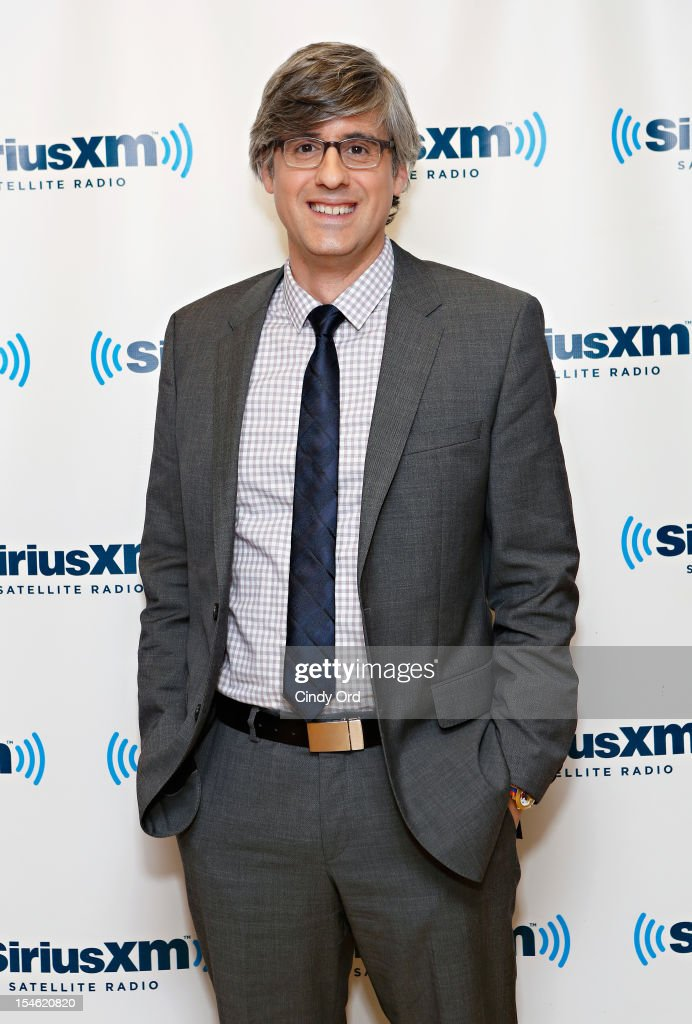 TV personality Mo Rocca visits the SiriusXM Studio on October 23 2012 in New York City