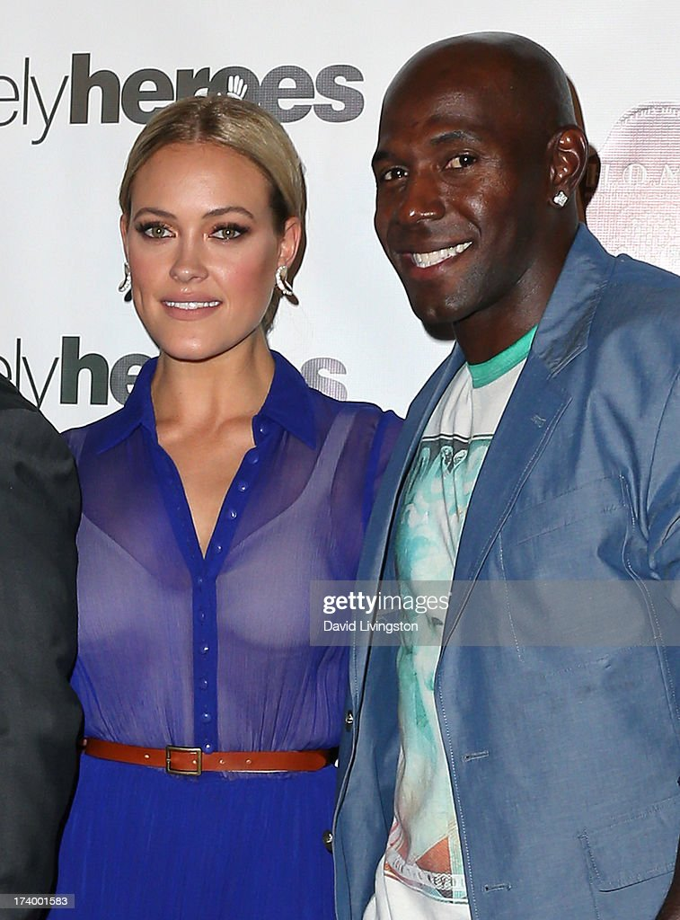 TV personality <a gi-track='captionPersonalityLinkClicked' href=/galleries/search?phrase=Peta+Murgatroyd&family=editorial&specificpeople=6824437 ng-click='$event.stopPropagation()'>Peta Murgatroyd</a> (L) and former NFL player <a gi-track='captionPersonalityLinkClicked' href=/galleries/search?phrase=Donald+Driver&family=editorial&specificpeople=167128 ng-click='$event.stopPropagation()'>Donald Driver</a> attend the Chelsie Hightower and <a gi-track='captionPersonalityLinkClicked' href=/galleries/search?phrase=Peta+Murgatroyd&family=editorial&specificpeople=6824437 ng-click='$event.stopPropagation()'>Peta Murgatroyd</a> Charity Birthday Party on July 18, 2013 in Los Angeles, California.