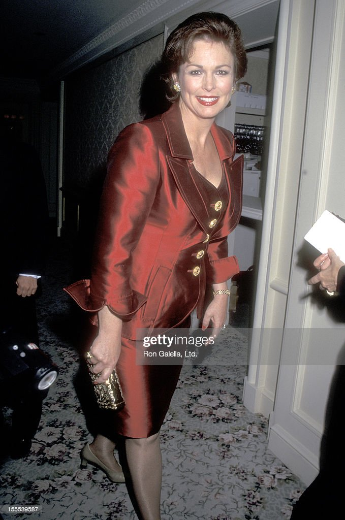 TV personality Phyllis George attends the American Museum of the Moving Image Salutes Sherry Lansing and Roone Arledge on October 24, 1995 at the St. Regis Hotel in New York City.
