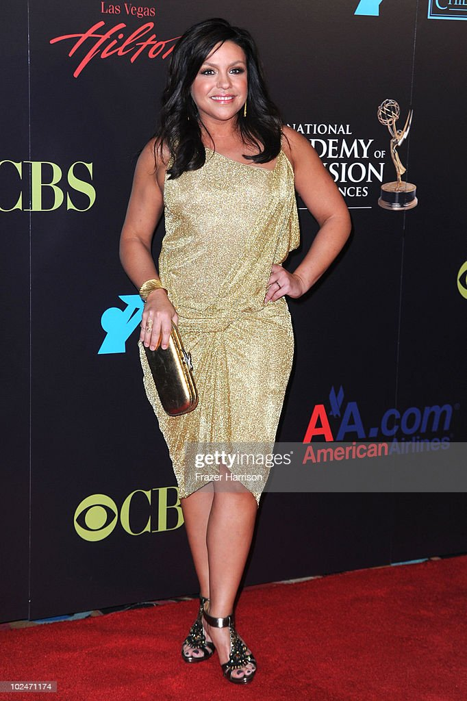 TV personality <a gi-track='captionPersonalityLinkClicked' href=/galleries/search?phrase=Rachael+Ray&family=editorial&specificpeople=542712 ng-click='$event.stopPropagation()'>Rachael Ray</a> arrives at the 37th Annual Daytime Entertainment Emmy Awards held at the Las Vegas Hilton on June 27, 2010 in Las Vegas, Nevada.