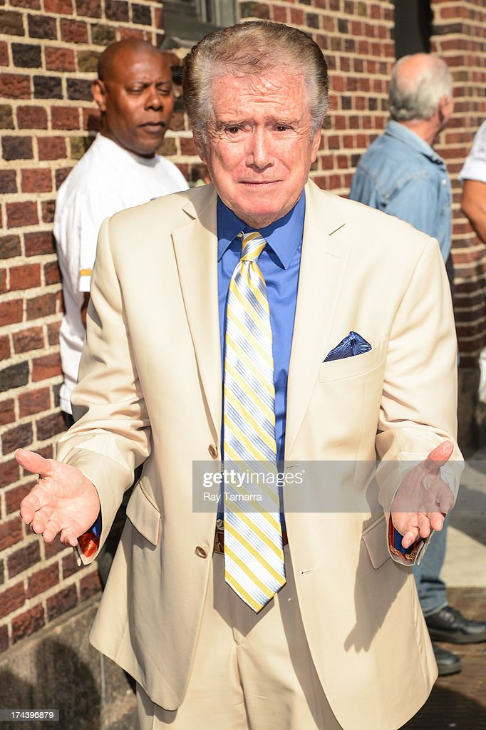 TV personality <a gi-track='captionPersonalityLinkClicked' href=/galleries/search?phrase=Regis+Philbin&family=editorial&specificpeople=202495 ng-click='$event.stopPropagation()'>Regis Philbin</a> enters the 'Late Show With David Letterman' taping at the Ed Sullivan Theater on July 24, 2013 in New York City.
