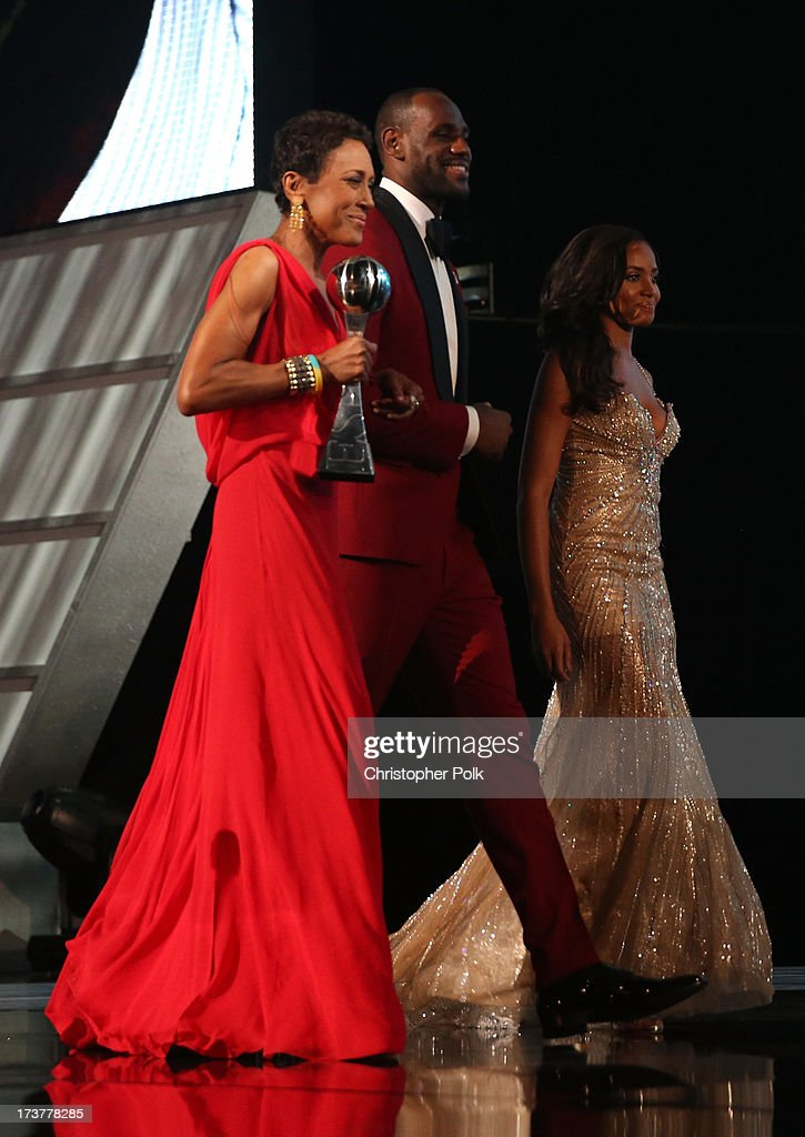 TV personality Robin Roberts (L) and NBA player LeBron James onstage after being presented the Arthur Ashe Courage Award at The 2013 ESPY Awards at Nokia Theatre L.A. Live on July 17, 2013 in Los Angeles, California.