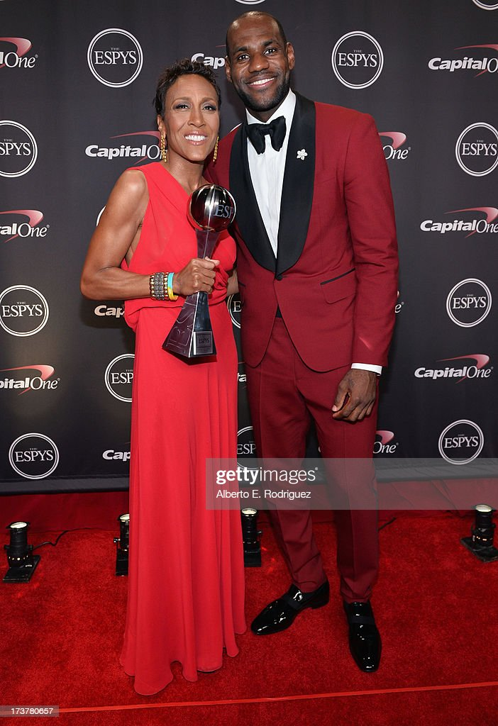 TV personality Robin Roberts, recipient of the Arthur Ashe Courage Award, and NBA player <a gi-track='captionPersonalityLinkClicked' href=/galleries/search?phrase=LeBron+James&family=editorial&specificpeople=201474 ng-click='$event.stopPropagation()'>LeBron James</a> pose backstage at The 2013 ESPY Awards at Nokia Theatre L.A. Live on July 17, 2013 in Los Angeles, California.