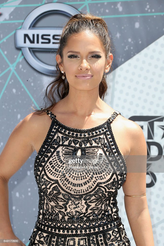 TV personality <a gi-track='captionPersonalityLinkClicked' href=/galleries/search?phrase=Rocsi&family=editorial&specificpeople=747177 ng-click='$event.stopPropagation()'>Rocsi</a> Diaz attends the 2016 BET Awards at the Microsoft Theater on June 26, 2016 in Los Angeles, California.