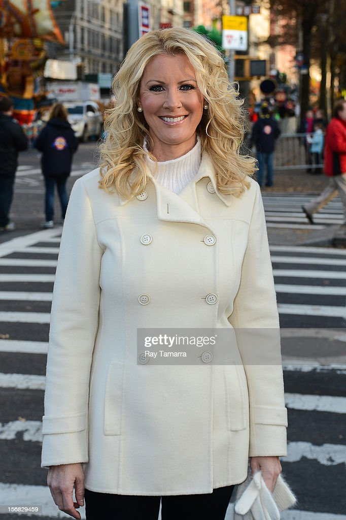 TV personality Sandra Lee attends the 86th Annual Macy's Thanksgiving Day Parade on November 22, 2012 in New York City.