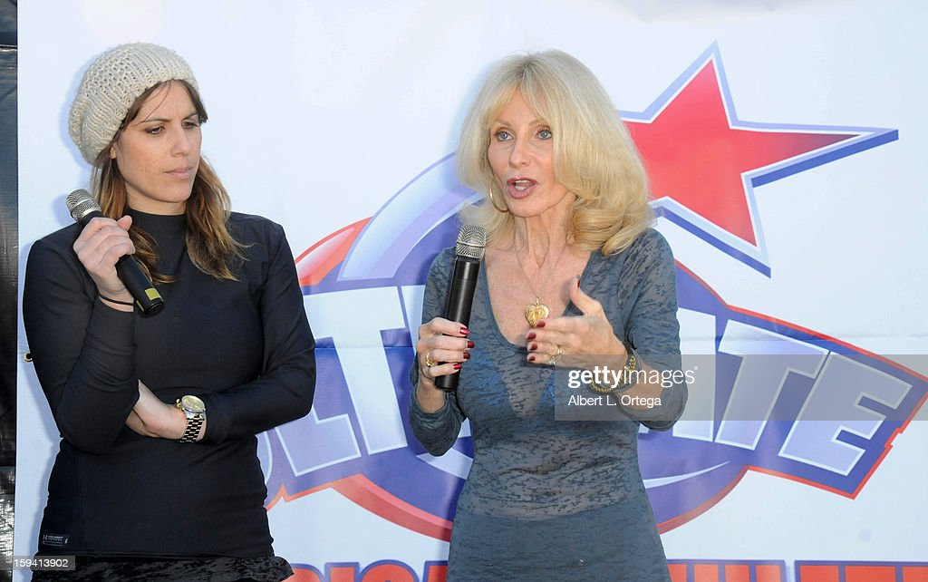 Personality Shana Ferigno and mother Carla Ferigno participate in the Red Carpet Health Expo held at The Vitamin Shoppe on January 12, 2013 in Los Angeles, California.
