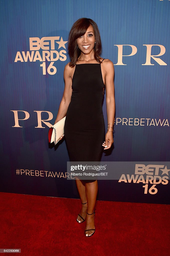 TV personality Shaun Robinson attends Debra Lee's PRE kicking off the 2016 BET Awards on June 22, 2016 in Los Angeles, California.