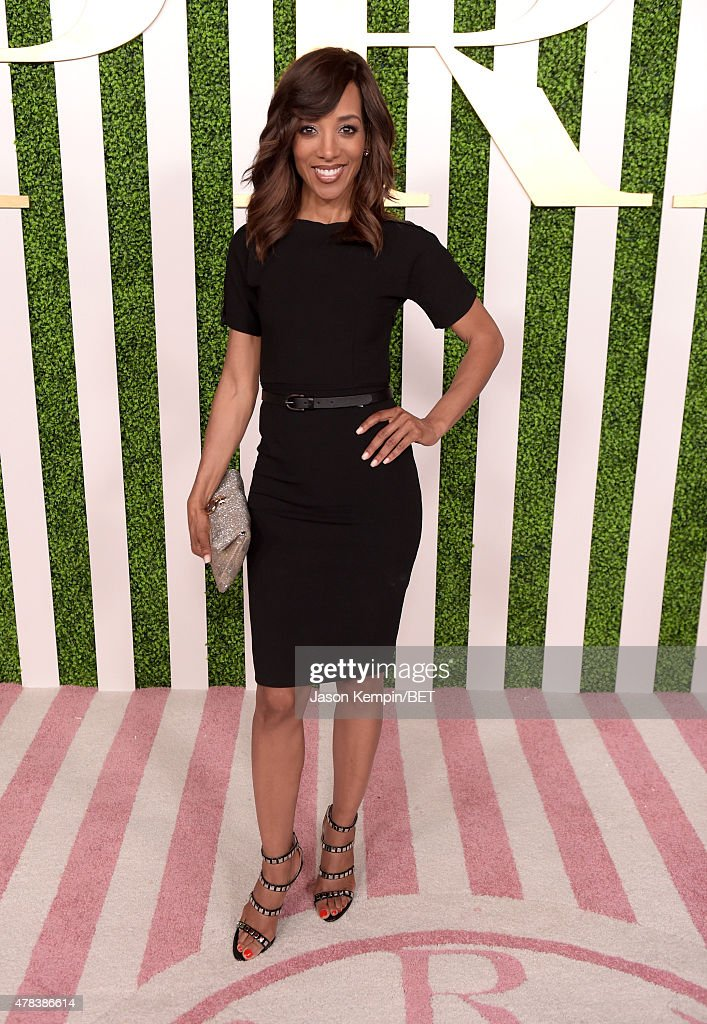 TV personality <a gi-track='captionPersonalityLinkClicked' href=/galleries/search?phrase=Shaun+Robinson&family=editorial&specificpeople=209263 ng-click='$event.stopPropagation()'>Shaun Robinson</a> attends the 2015 BET Awards Debra Lee Pre-Dinner at Sunset Tower Hotel on June 24, 2015 in Los Angeles, California.