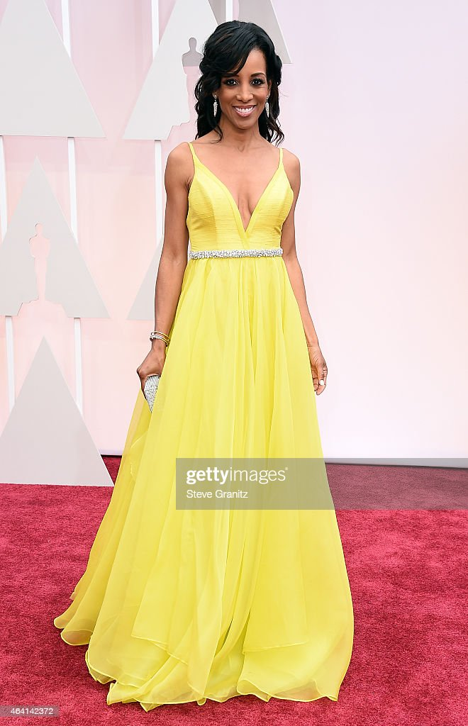 TV personality <a gi-track='captionPersonalityLinkClicked' href=/galleries/search?phrase=Shaun+Robinson&family=editorial&specificpeople=209263 ng-click='$event.stopPropagation()'>Shaun Robinson</a> attends the 87th Annual Academy Awards at Hollywood & Highland Center on February 22, 2015 in Hollywood, California.