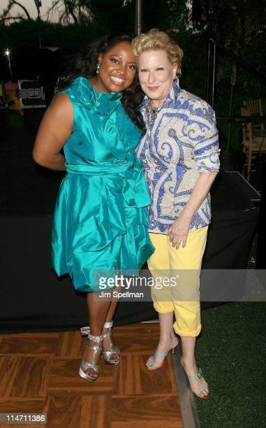 Personality Sherri Shepherd and actress Bette Midler attend Bette Midler's New York Restoration Project's 10th annual spring picnic at Gracie Mansion...